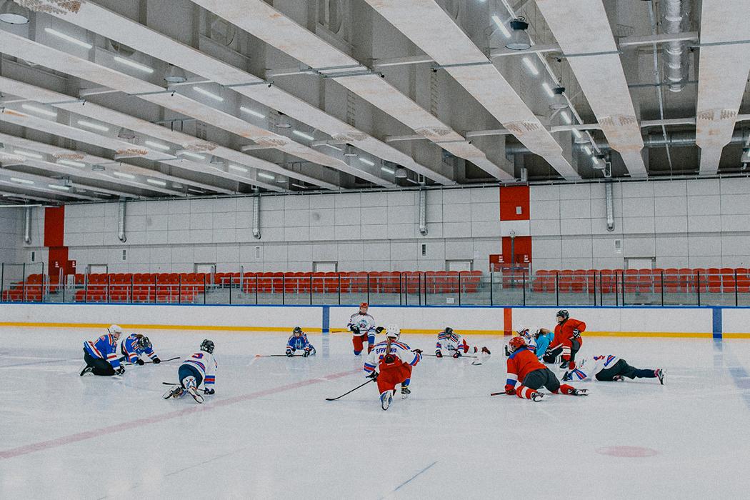 (Не)женский спорт. Как в Сочи появилась любительская хоккейная команда «Деффчонки»
