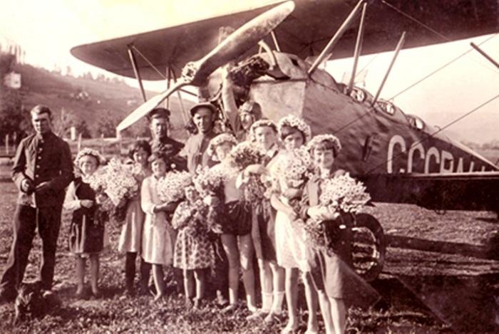 Первый рейс из Тифлиса в аэропорт Сочи. 1933 год