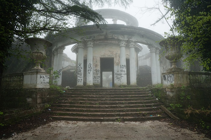 Ресторан на горе Большой Ахун Сочи странные мистические страшные места