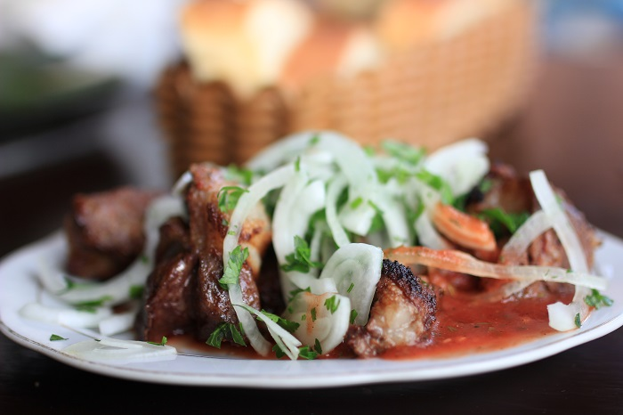 Шашлык на блюде фото