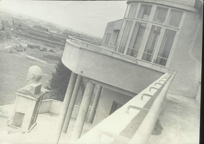 Здание санатория РККА имени Климента Ворошилова в Сочи 1934