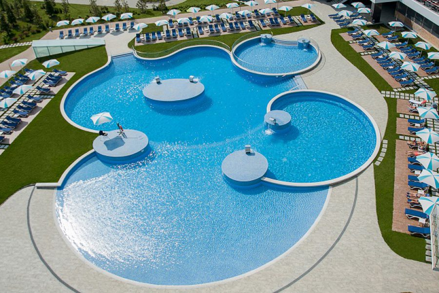 10-pool-bars-v-sochi