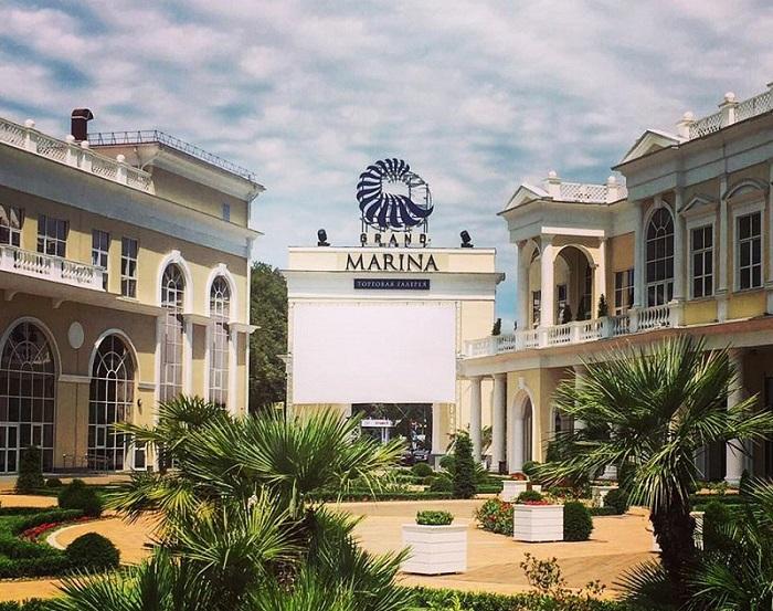 Летний кинотеатр Grand Marina Gallery
