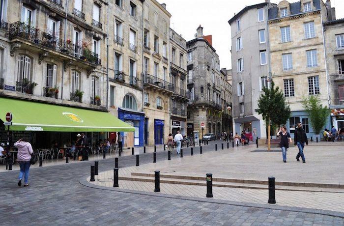 Площадь Фернан Лафарг : источник фото- monnuage.fr