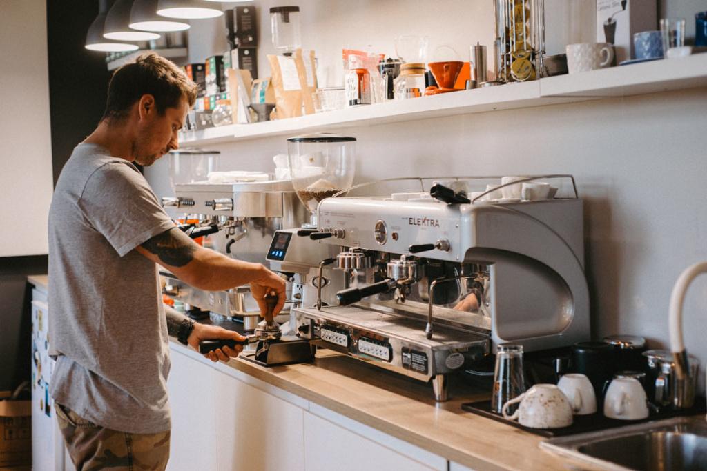 Как зарабатывают на кофе в Сочи
