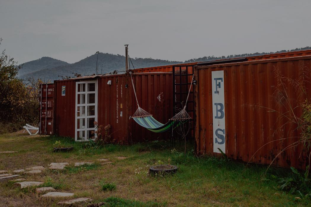 Каково это — собрать себе дом из контейнеров