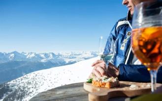 krasnaya-polyana-poobedat-apres-ski