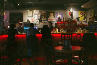 red-cafe-ubijstva-pterodaktili
