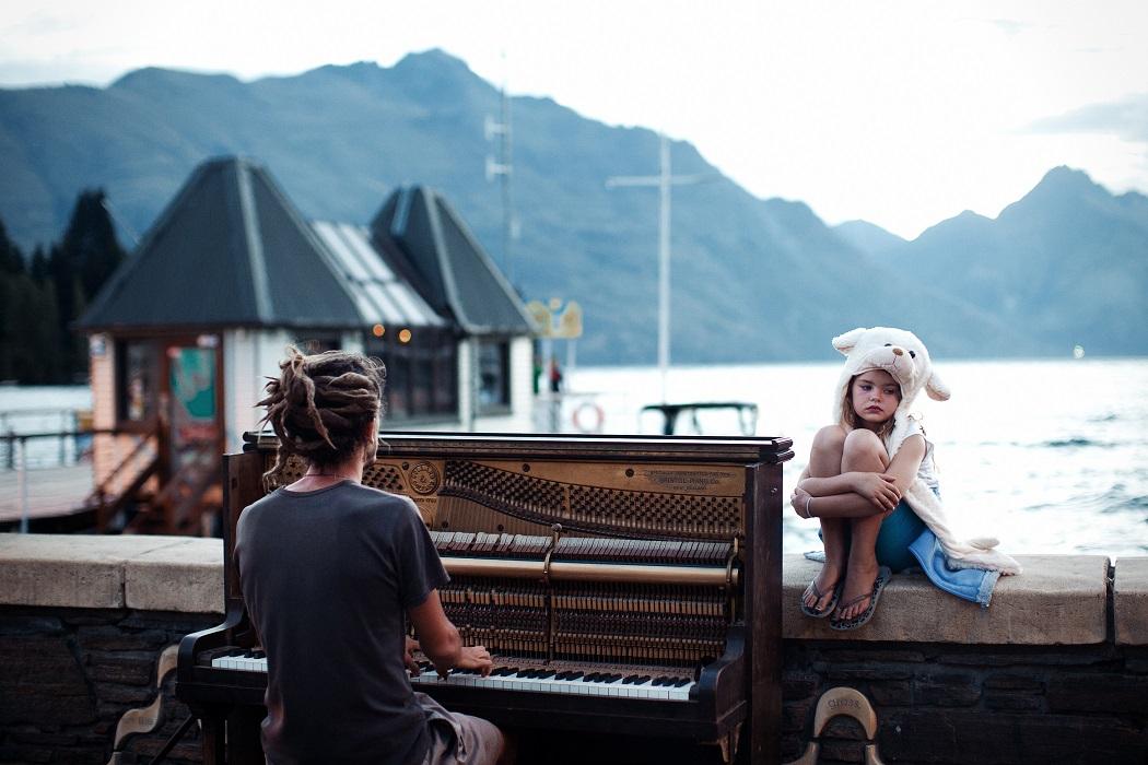 Фестиваль уличных пианино